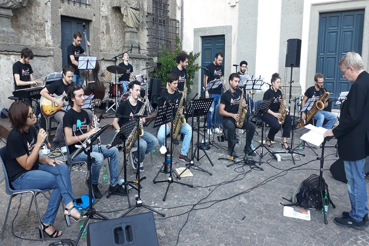 Concerti: al Chiostro l'Orchestra giovanile di Jazz di Roma