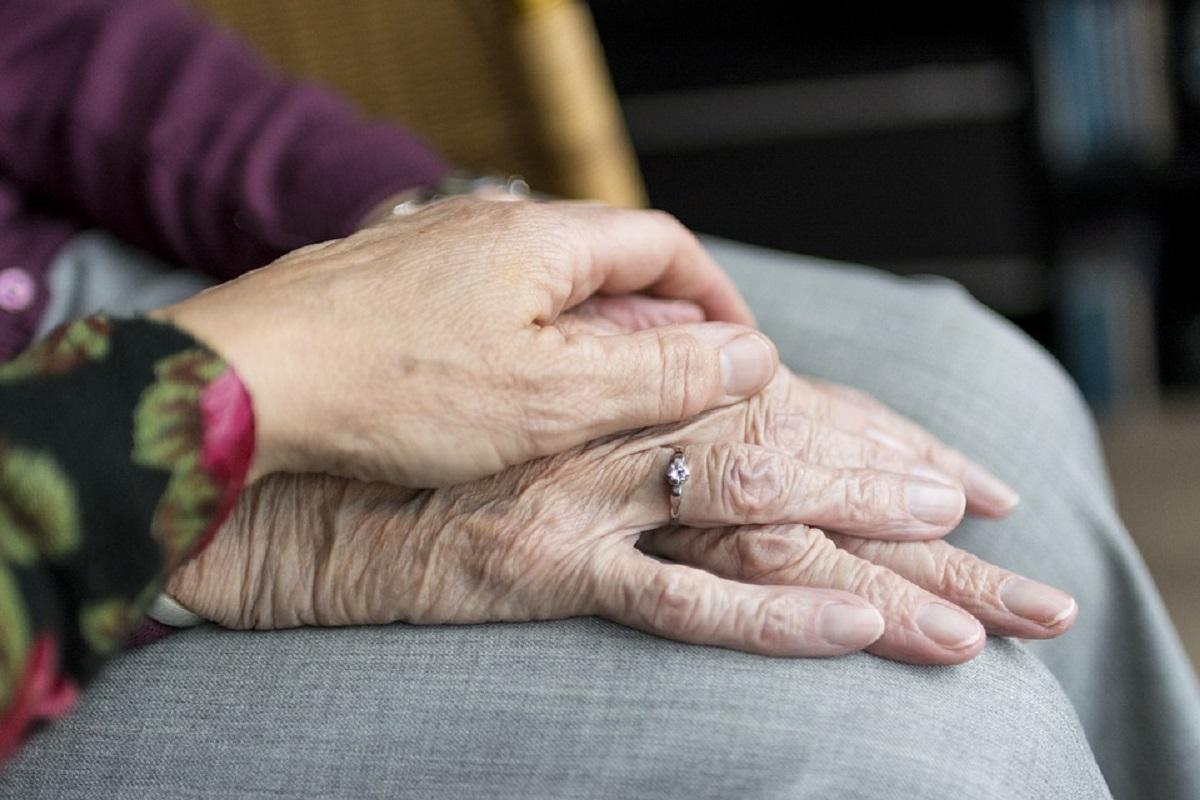 Servizi al cittadino: come richiedere l'assistenza per anziani